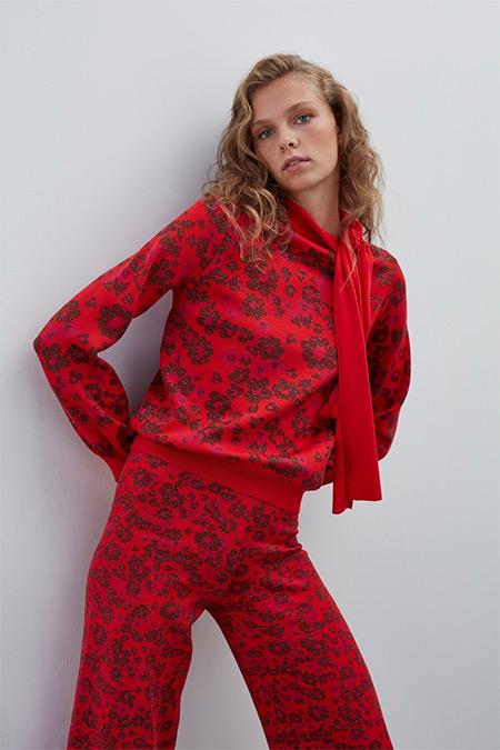 Join Us Kırmızı Çiçek Desenli Boyundan Bağlamalı Triko Bluz