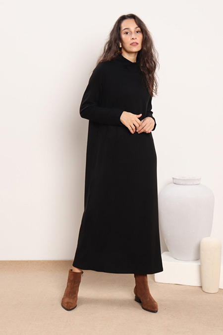 Minik Terzi Siyah Boğazlı Triko Elbise