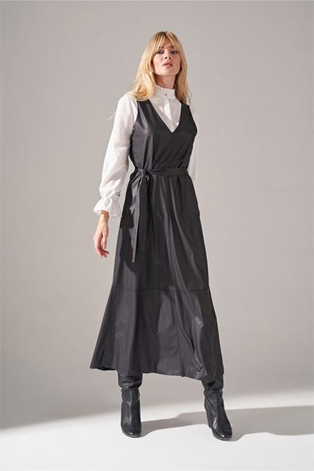 Mizalle Siyah Suni Deri Jile Elbise