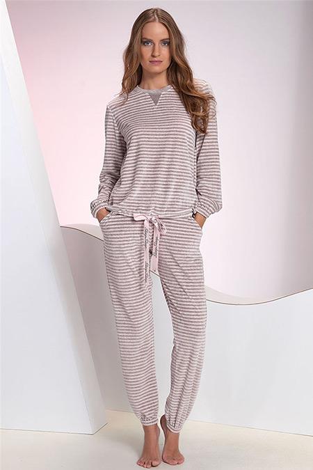 Sevim Pudra Pembe Çizgili Kadife Pijama Takımı