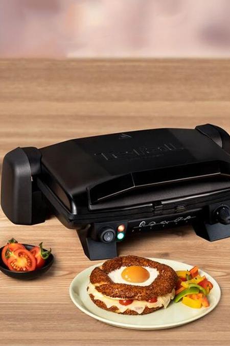 Tefal Siyah Toast Expert 1800 W. Tost Makinesi