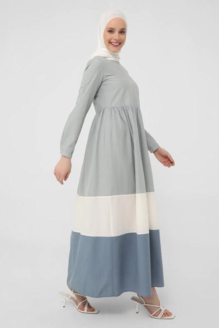 Refka Casual Mavi Beyaz Eteği Geniş Pamuklu Elbise