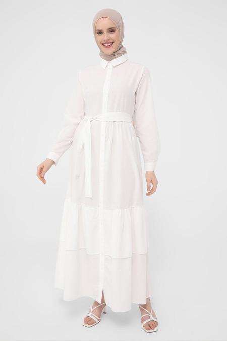 Refka Beyaz Eteği Katlı Doğal Kumaşlı Elbise