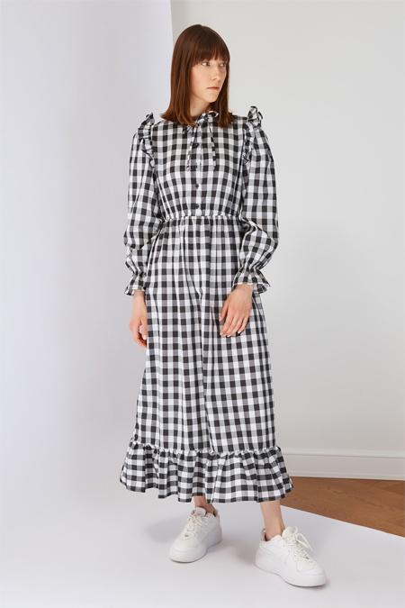 Trendyol Modest Siyah Kareli Elbise