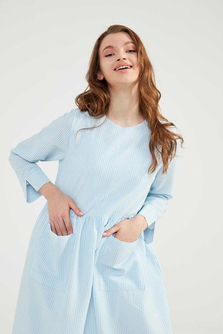 Normcore Mavi Doğal Kumaşlı Gofi Elbise
