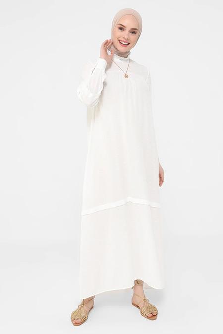 Refka Beyaz Nopeli Kumaşlı Roba Ve Kol Detaylı Elbise