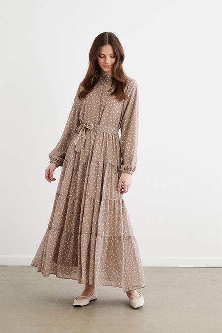 Terzi Dükkanı Vizon Puantiye Desen Şifon Kat Kat Elbise