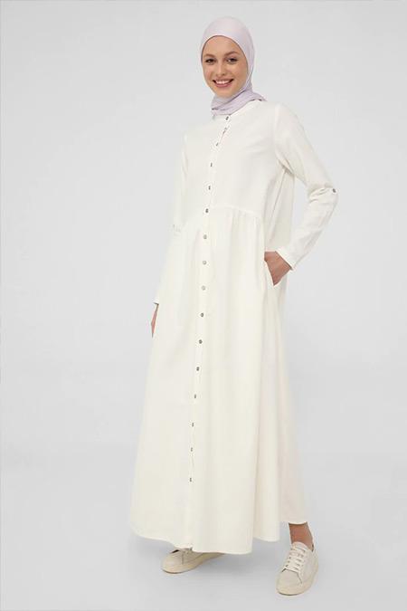 Benin Beyaz Doğal Kumaşlı Boydan Düğmeli Kot Elbise