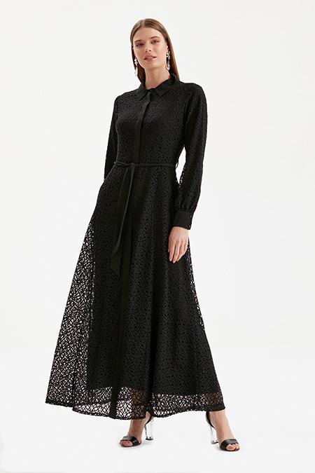 Kayra Siyah Dantelli Uzun Elbise