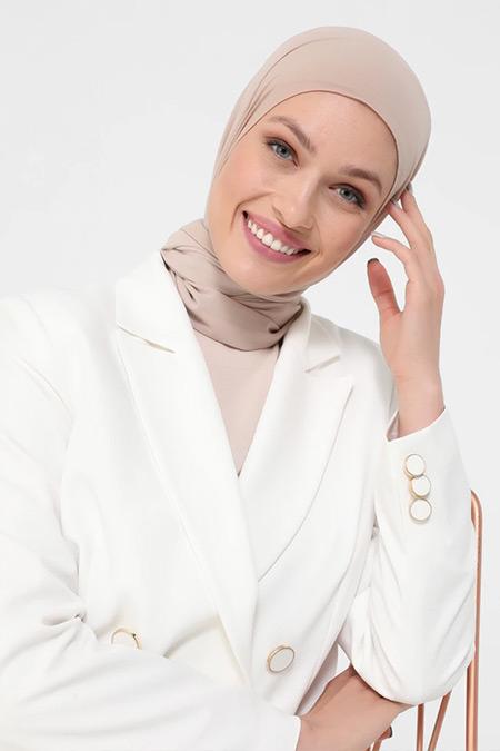 Refka Beyaz Düğme Detaylı Ceket