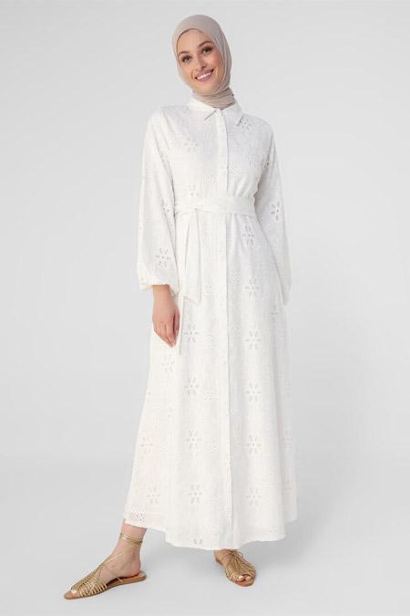 Refka Beyaz Nakış Detaylı Balon Kollu Gömlek Elbise