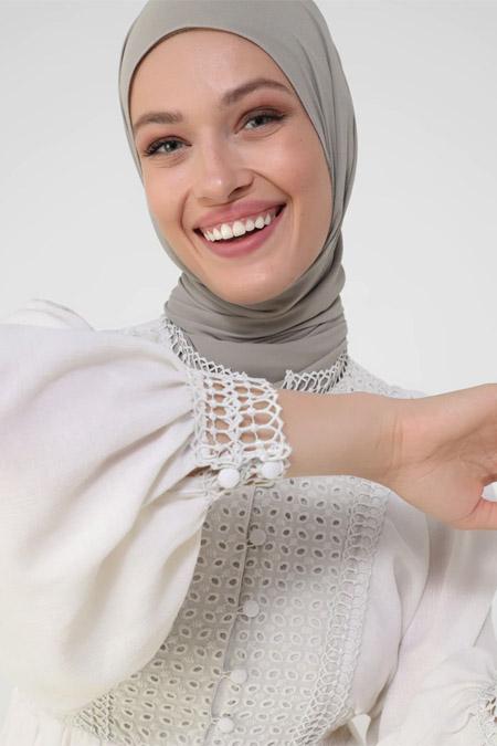 Refka Krem Gipe ve Güpür Detaylı Elbise