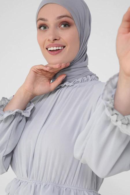 Refka Gri Mavi Fırfır Detaylı Astarlı Şifon Elbise