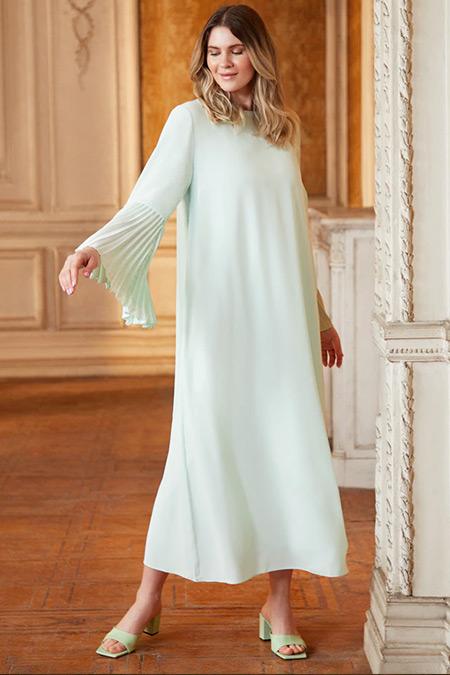 Alia Soft Yeşil Büyük Beden Kolları Pilise Detaylı Dokuma Elbise