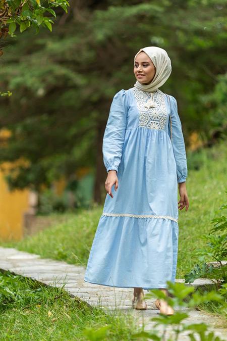 Benin Açık Mavi Doğal Kumaşlı Dantelli Elbise