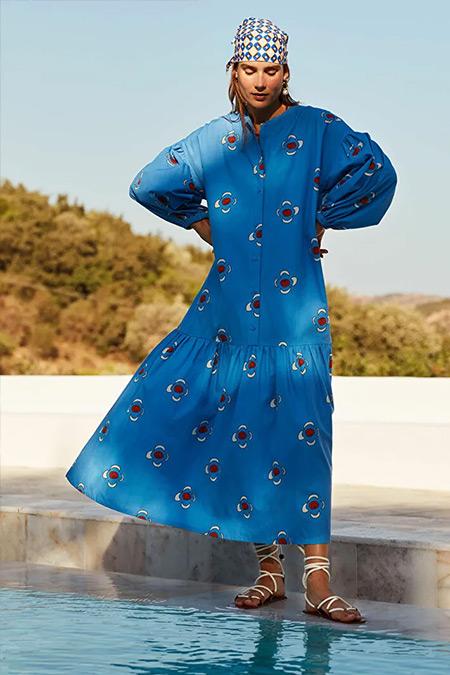 Kuaybe Gider X LC Waikiki Mavi Bisiklet Yaka Çiçek Baskılı Uzun Kollu Pamuklu Elbise