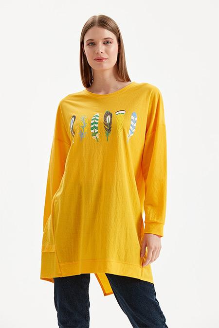 On Fashion Sarı Önü Tüy İşlemeli Tunik
