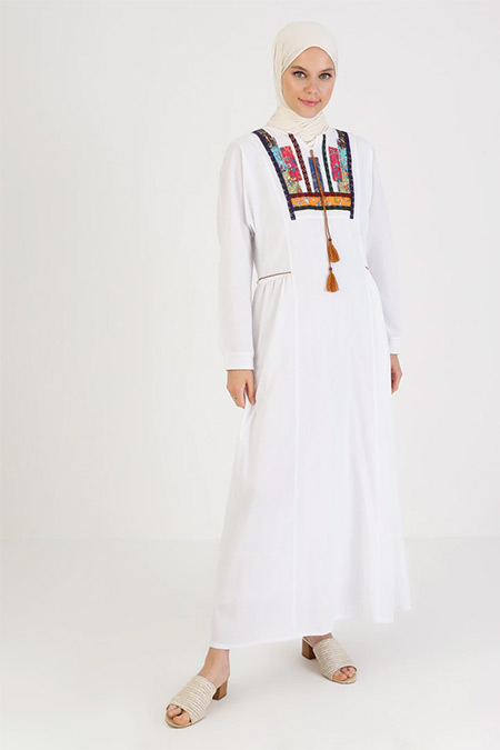 Elis Şile Bezi Beyaz Nakış Detaylı Şile Bezi Elbise
