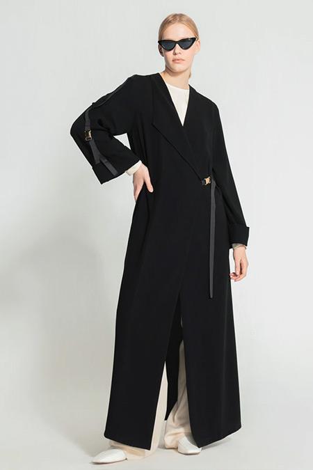 Nuum Design Siyah Kruvaze Klipsli Abaya