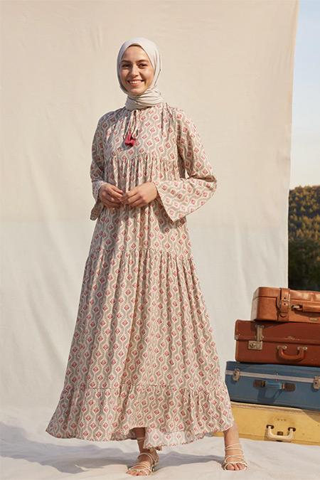 Refka Bej Desenli Püskül Detaylı Viskon Elbise