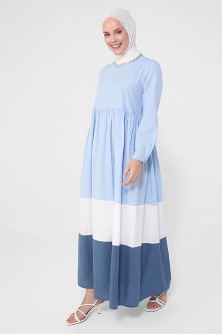 Refka Mavi Beyaz İndigo Renk Bloklu Eteği Geniş Pamuklu Elbise