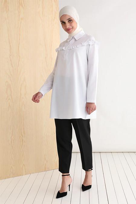 Tavin Beyaz Fırfır Detaylı Tunik