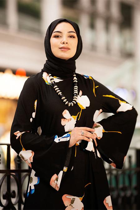 Tavin Siyah Desenli Elbise