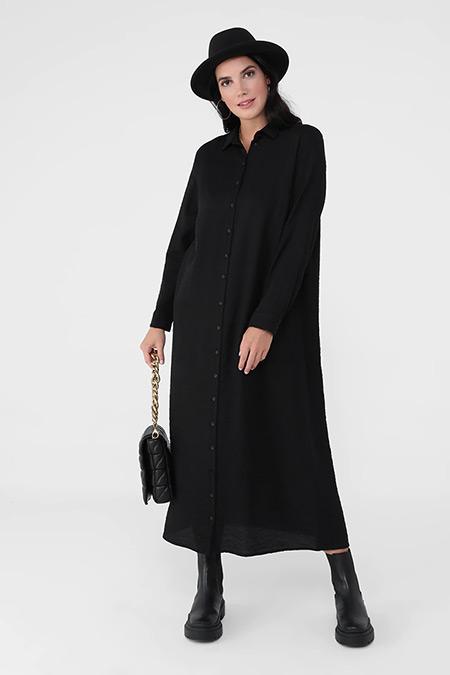 Alia Siyah Büyük Beden Sivri Yaka Düğmeli Elbise