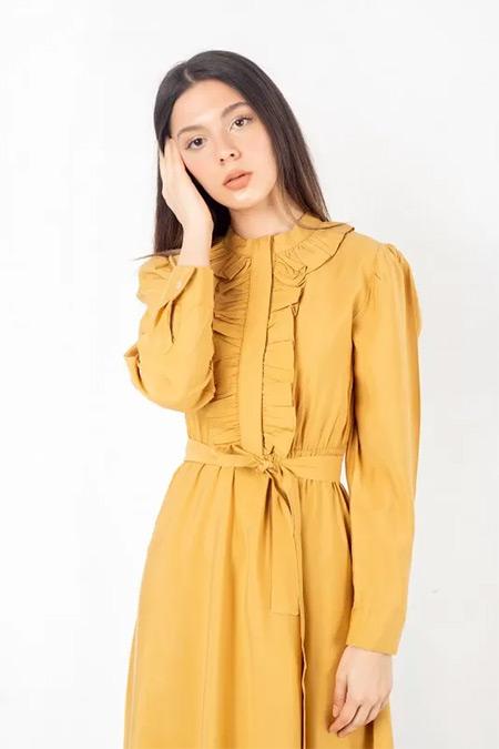 Melike Tatar Hardal Önü Fırfırlı Elbise