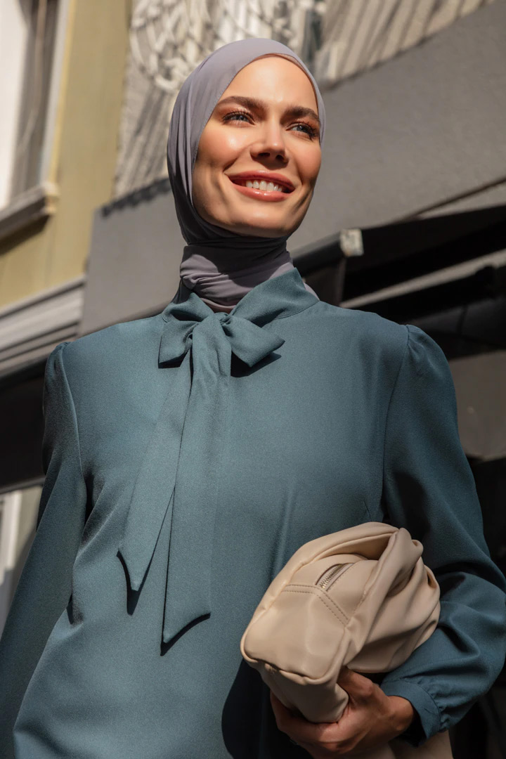 Refka Koyu Çağla Yakası Bağlamalı Piliseli Elbise
