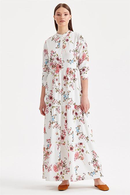Tığ Triko Beyaz Çiçek Desenli Elbise