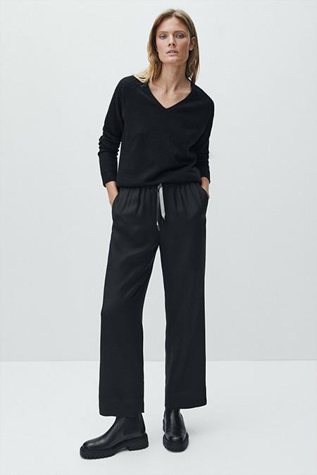 Massimo Dutti Siyah Elastik Belli Dökümlü Pantolon